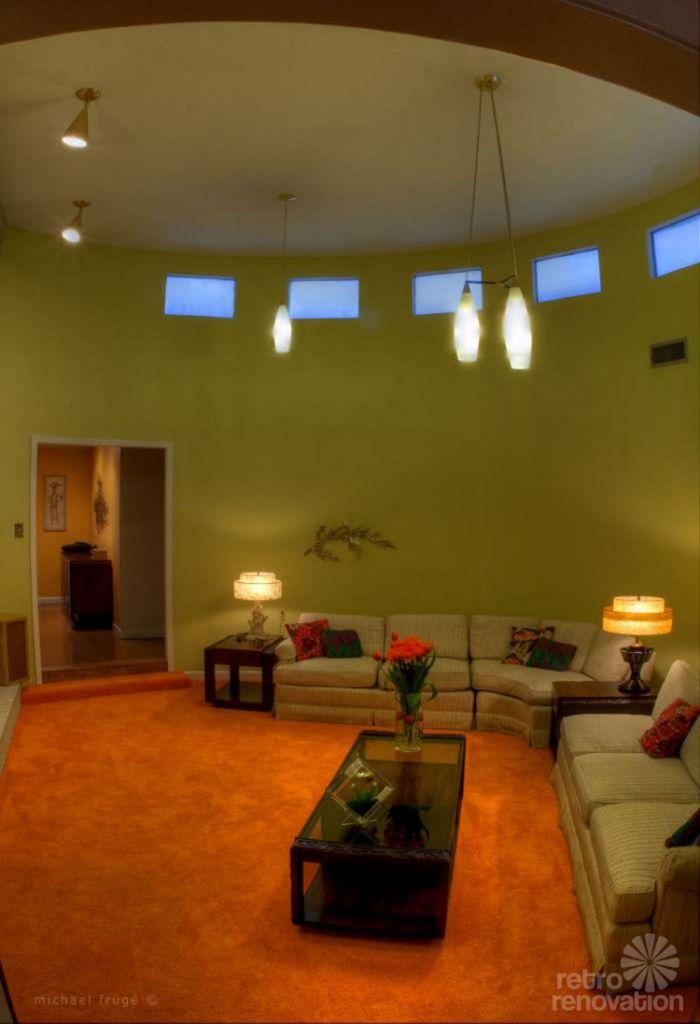 retro-living-room-orange