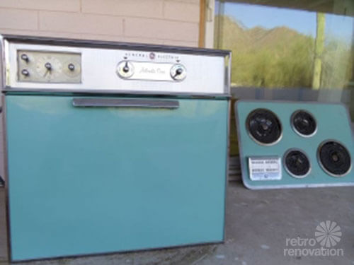 turquoise-ge-oven-and-cooktop