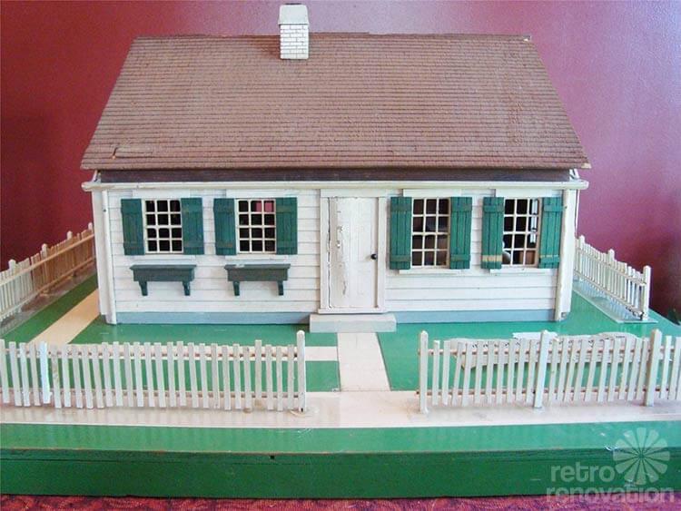 model-house-retro