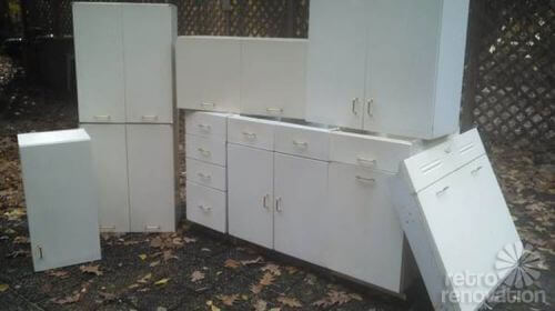 Vintage-steel-kitchen-cabinets-Palley