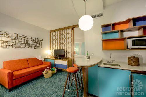 mid-century-hotel-room