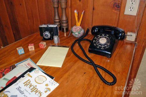 retro-telephone