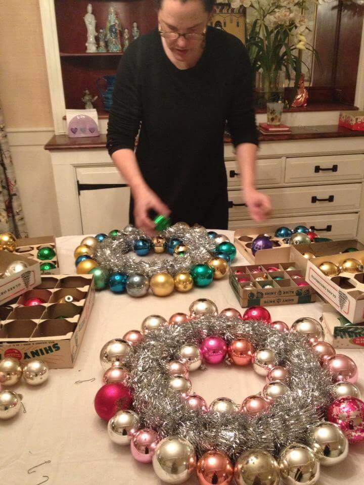 make a vintage ornament wreath