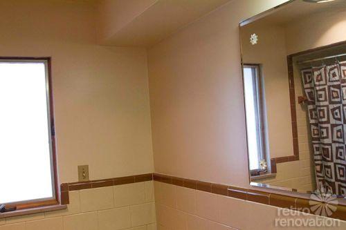 brown-ceramic-tile-bathroom