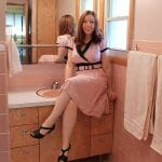 kate-in-pink-bathroom