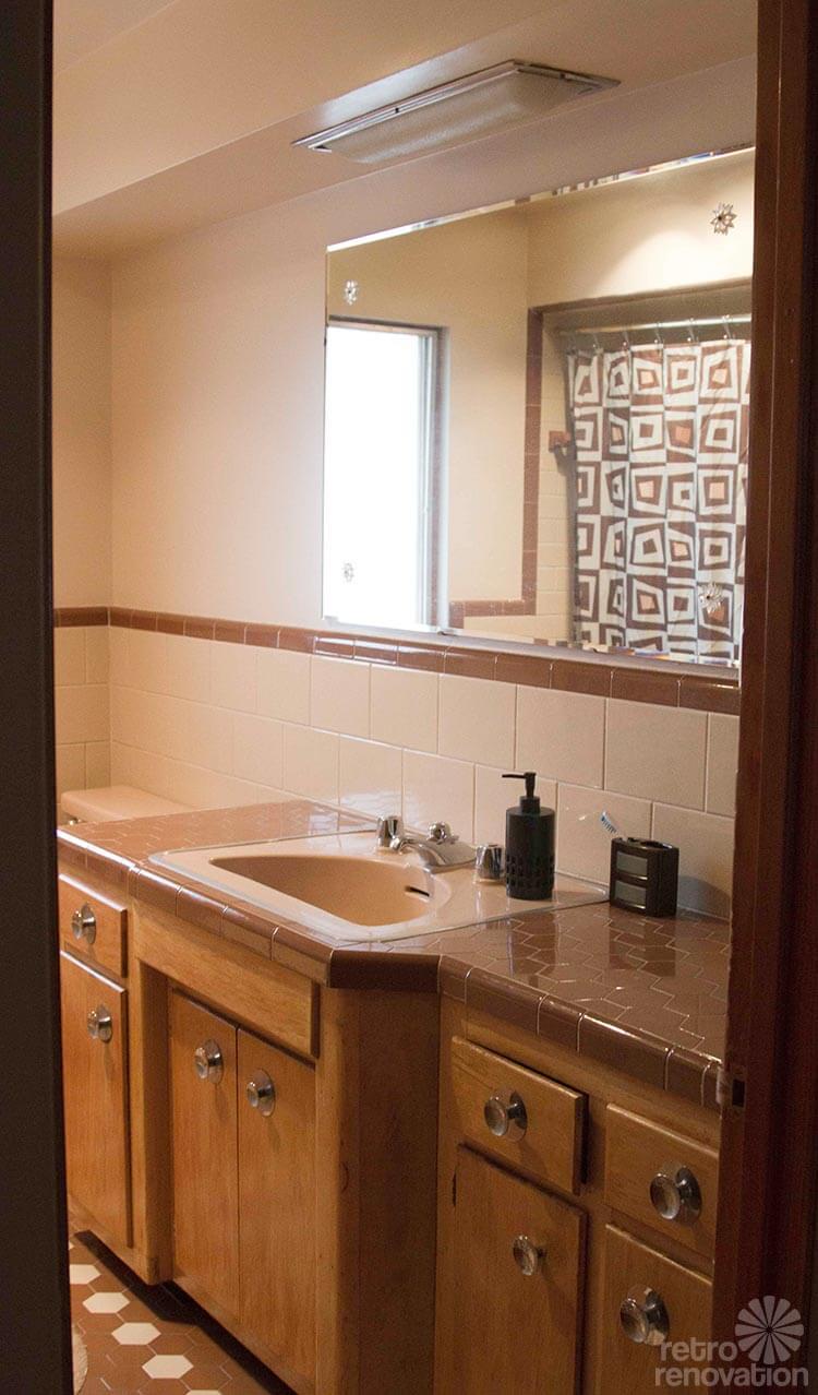 mid-century-bathroom-vanity