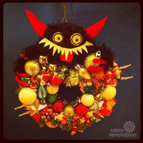 retro-krampus-ornament-wreath
