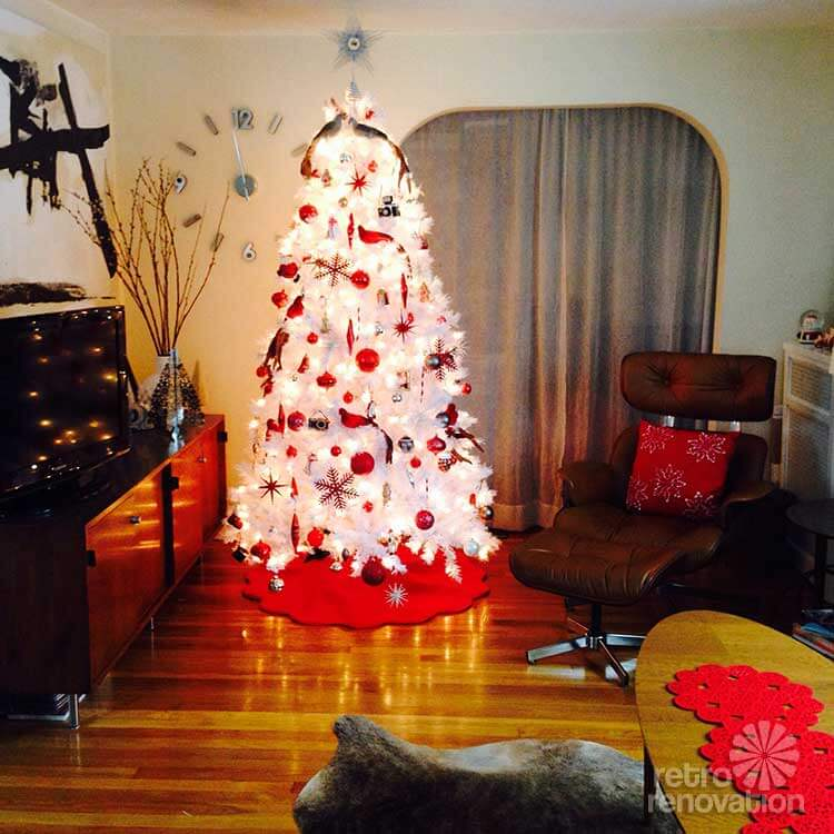 retro white and red christmas tree - White Christmas Tree With Red Decorations