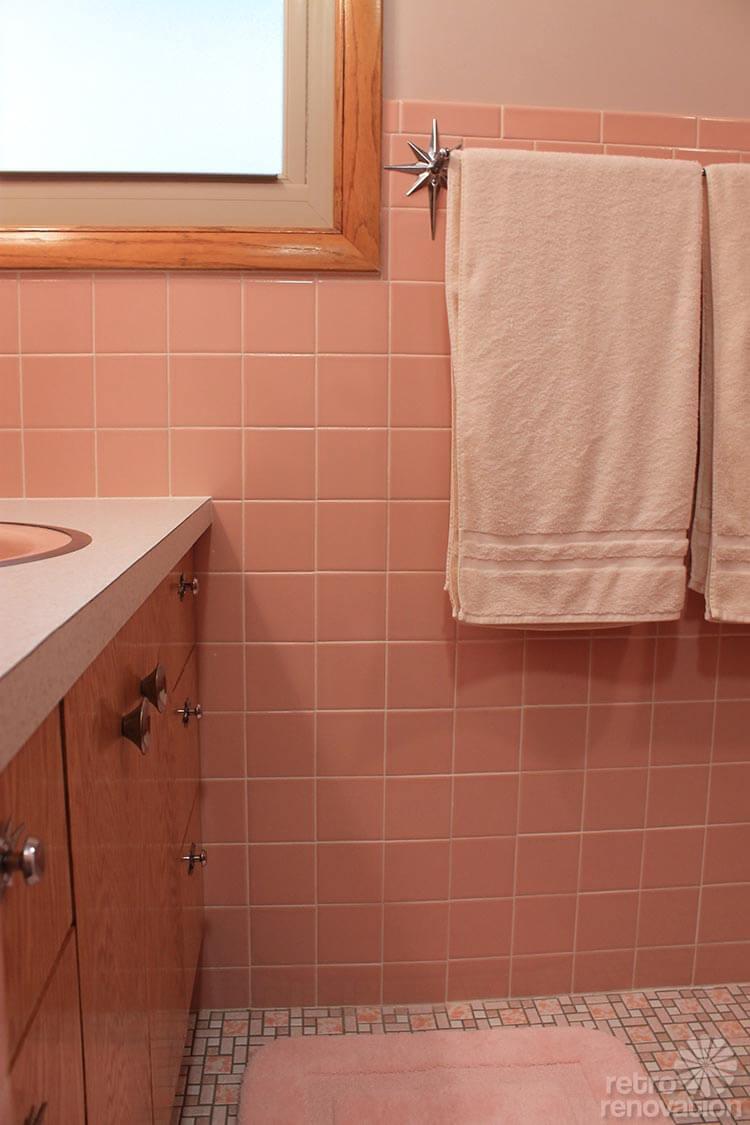 Vintage Pink Bathroom Excellent Vintage Pink Bathroom With Vintage Pink Bathroom Top Pink