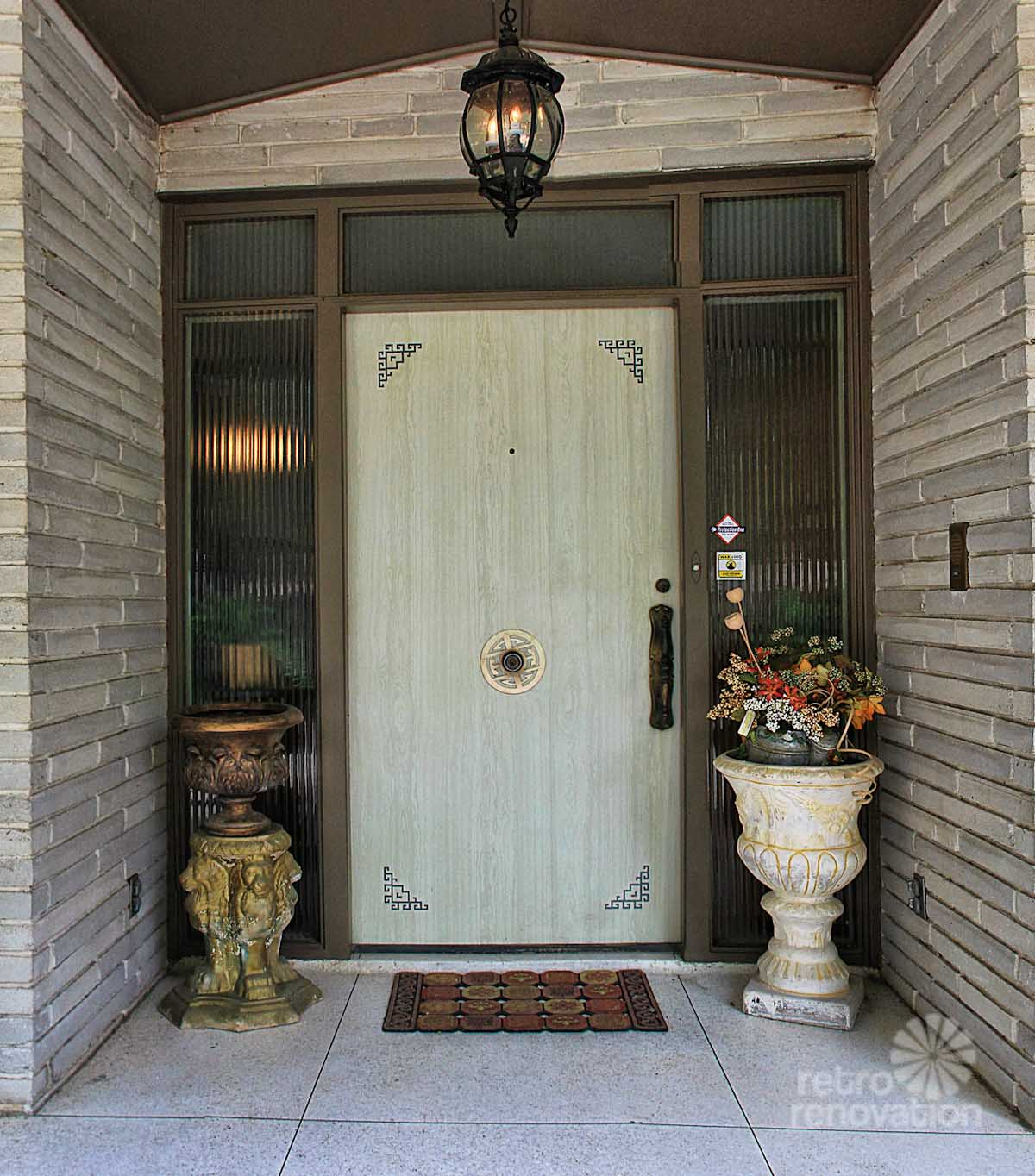 Impeccable 1972 time capsule house in san antonio 33 for 1950s front door designs