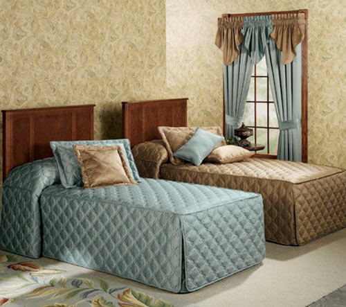 fitted-quilted-retro-bedding