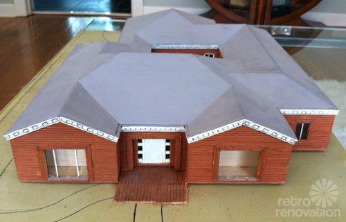 model-of-mid-century-house