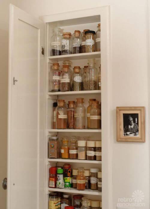 retro-spice-cabinet