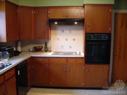 retro-wood-kitchen-cabinets