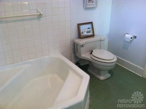 vintage-white-and-green-bathroom