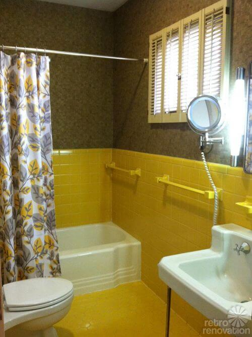 vintage-yellow-tiled-bathroom