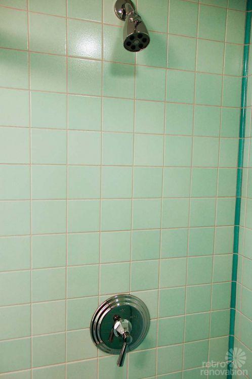 mid-century-aqua-tile