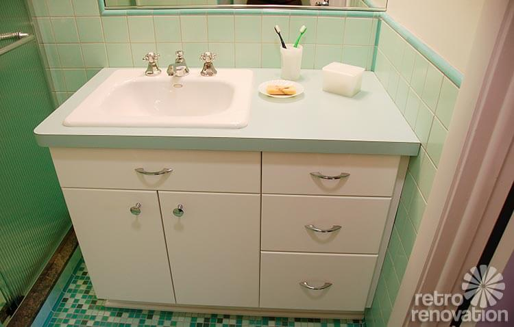 Rebeccas Midcentury Bathroom Remodel Using Nemo Tiles Mud Set - Bathroom vanity renovations