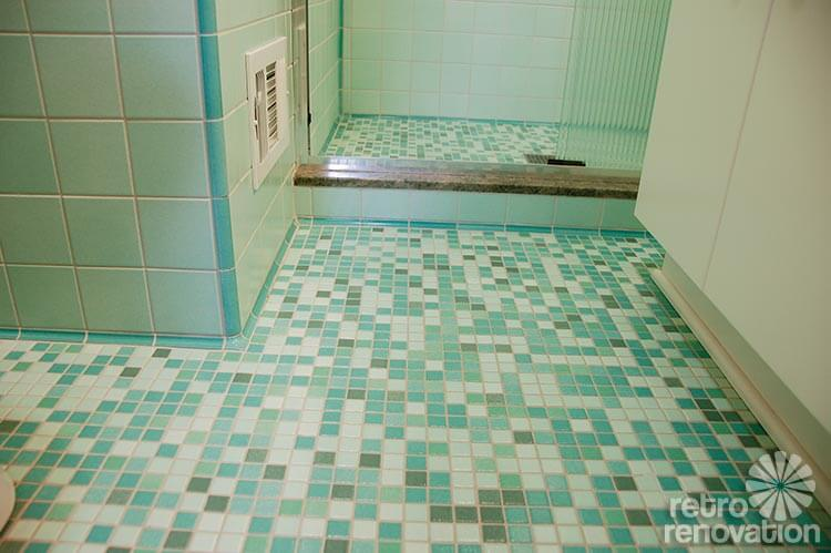 Rebeccas midcentury bathroom remodel using Nemo tiles mud set