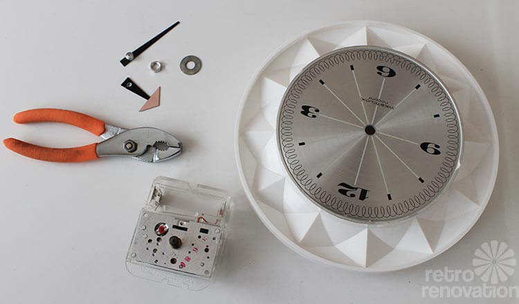 Replacing The Movement And Hands On A Vintage Electric