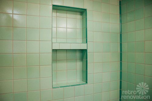 shower-niche-mid-century-retro