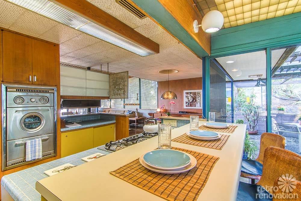 1960-retro-kitchen