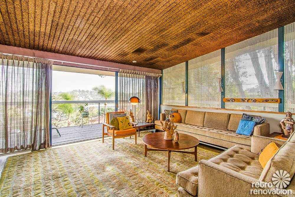 mid-century-living-room-ceiling