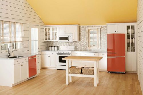red-vintage-style-refridgerator