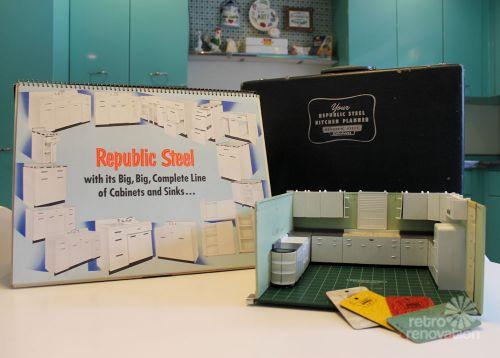 salesman-sample-kit-10