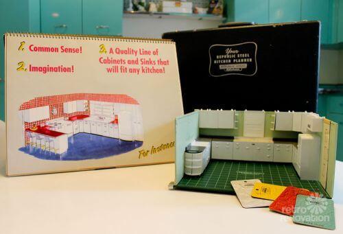 salesman-sample-kit-14