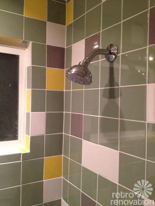 4.25-colorful-ceramic-tile-shower