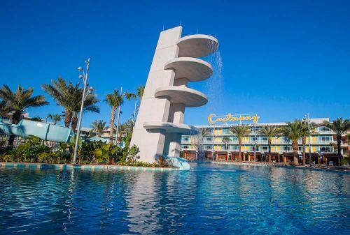 Cabana-Courtyard-Pool