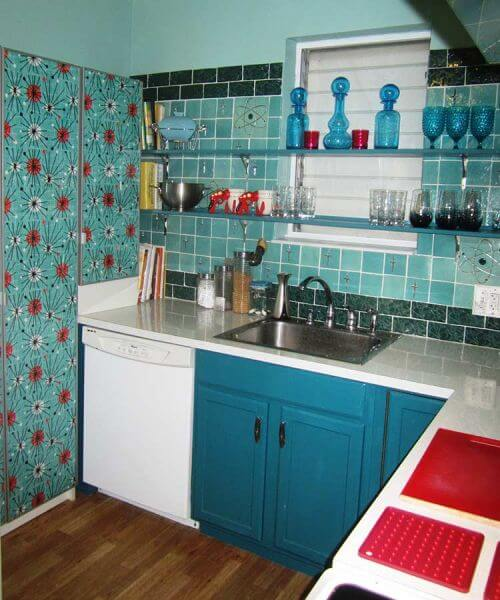 atomic-retro-kitchen-pantry