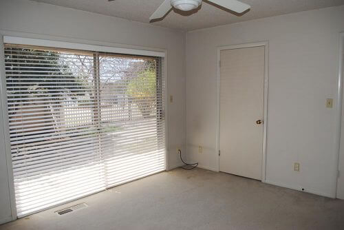 bedroom-windows-midcentury