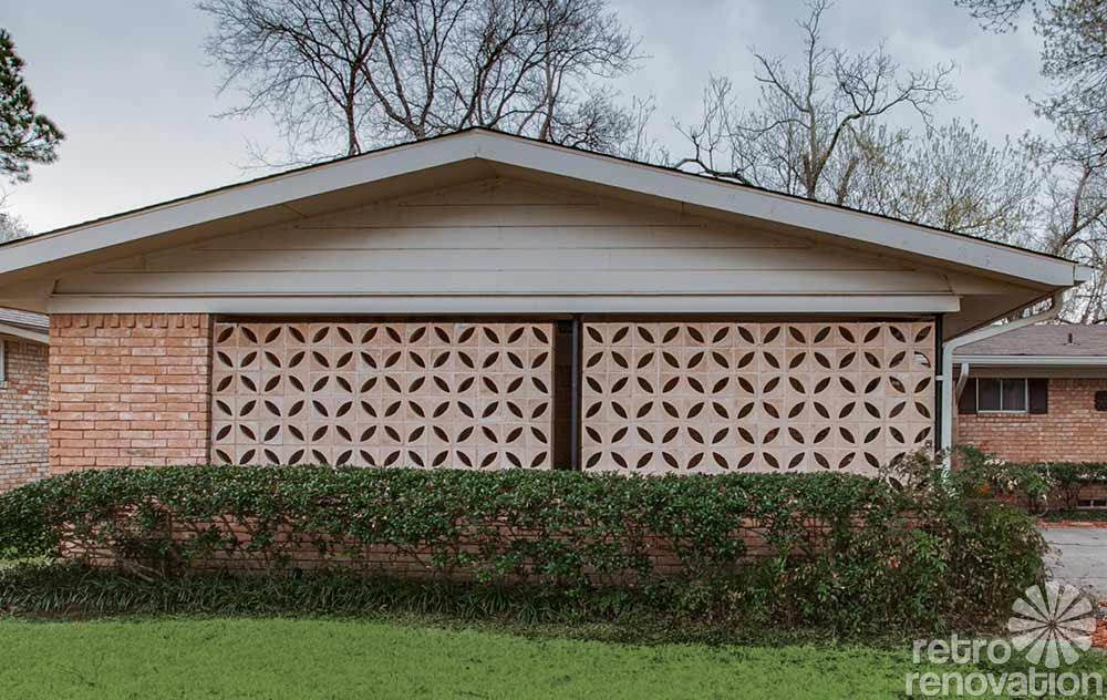 screen block on the side of a carport
