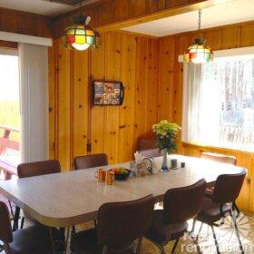 knotty-pine-kitchen-walls