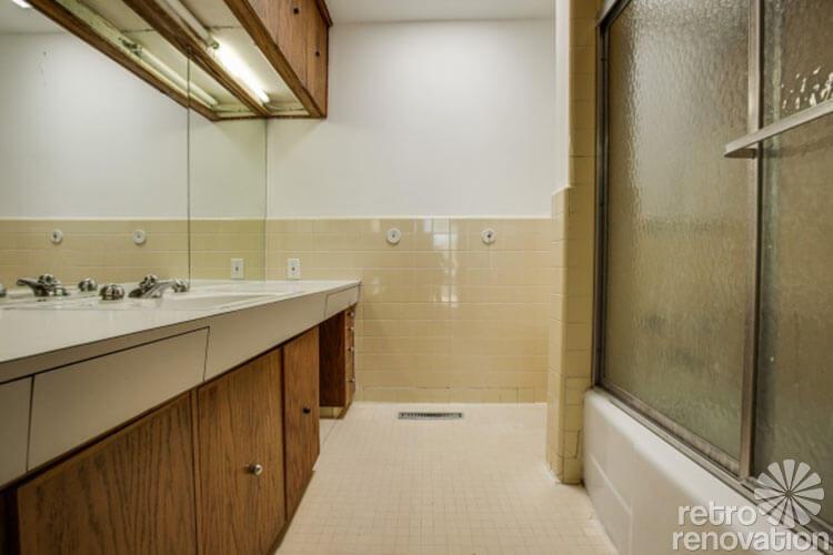 interesting retro bathroom vanity