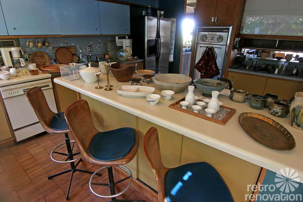 mid-century-kitchen1960s