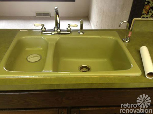Kitchen sink avocado green cast iron with porcelain enamel like new