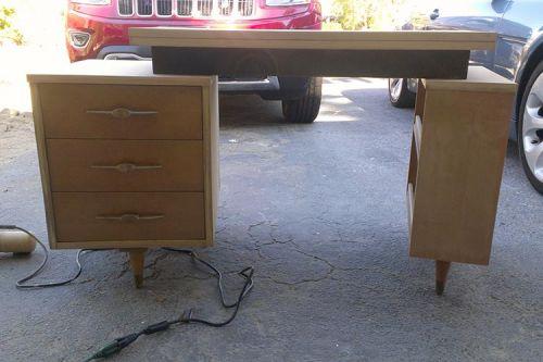 retro-desk