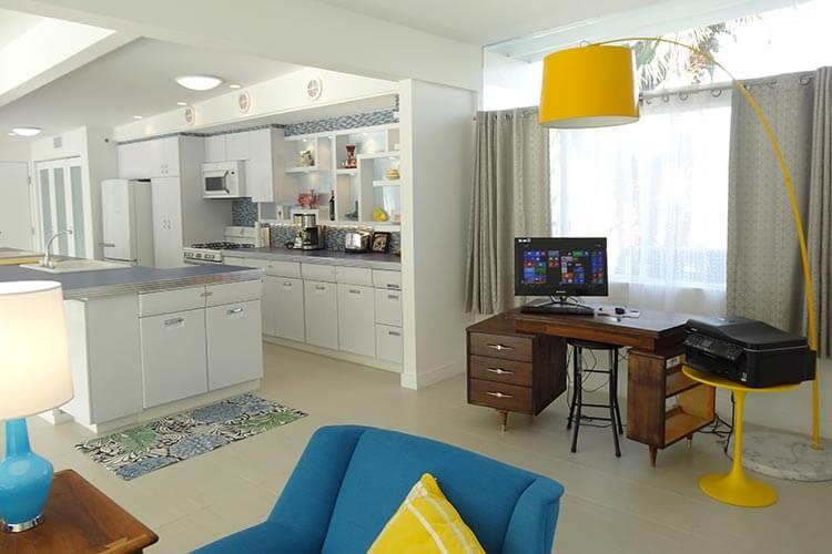 retro-modern-house