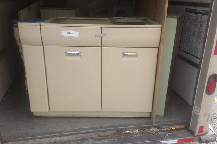 vintage-steel-kitchen-cabinets