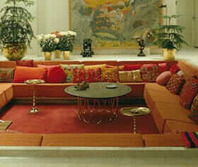 Miller-house-sunken-couch-500x720