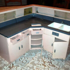 replica GE steel children's kitchen playset