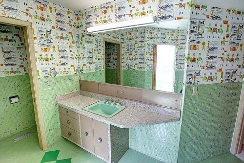 midcentury-laminate-bath-vanity