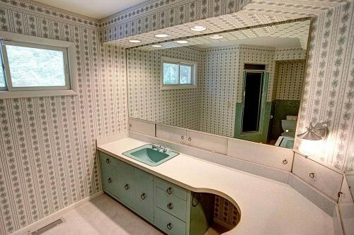 midcentury-laminate-bathroom-vanity