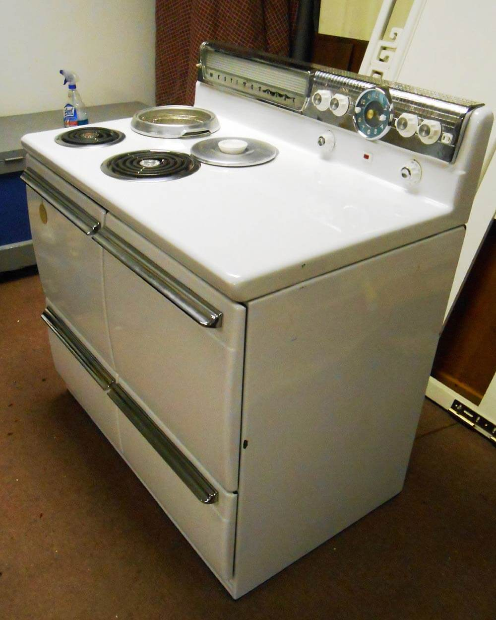 New Old Stock Westinghouse DD 74 range - discovered after 60