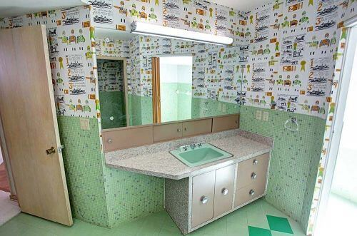 ming-green-bathroom-retro