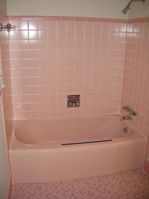 vintage-pink-tile-bathroom