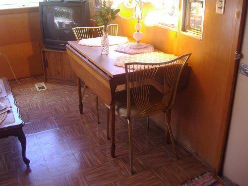 small-vintage-dinette-set